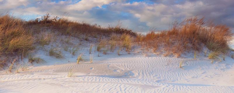 Dunes Light