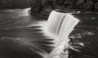 Tahquamenon Falls Michigan I BW